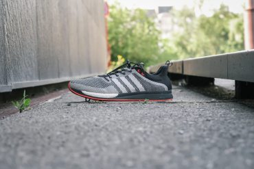 Test de l'Adidas Adizero Feather Boost : 194g de nervosité !